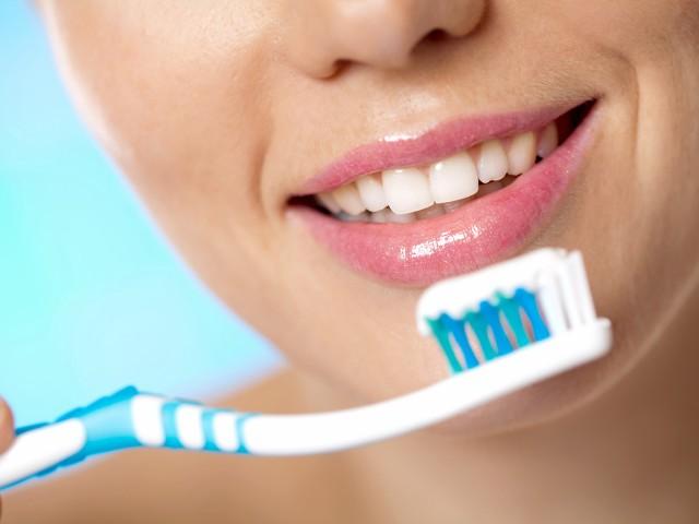 Зъболекар / Стоматолог Бургас